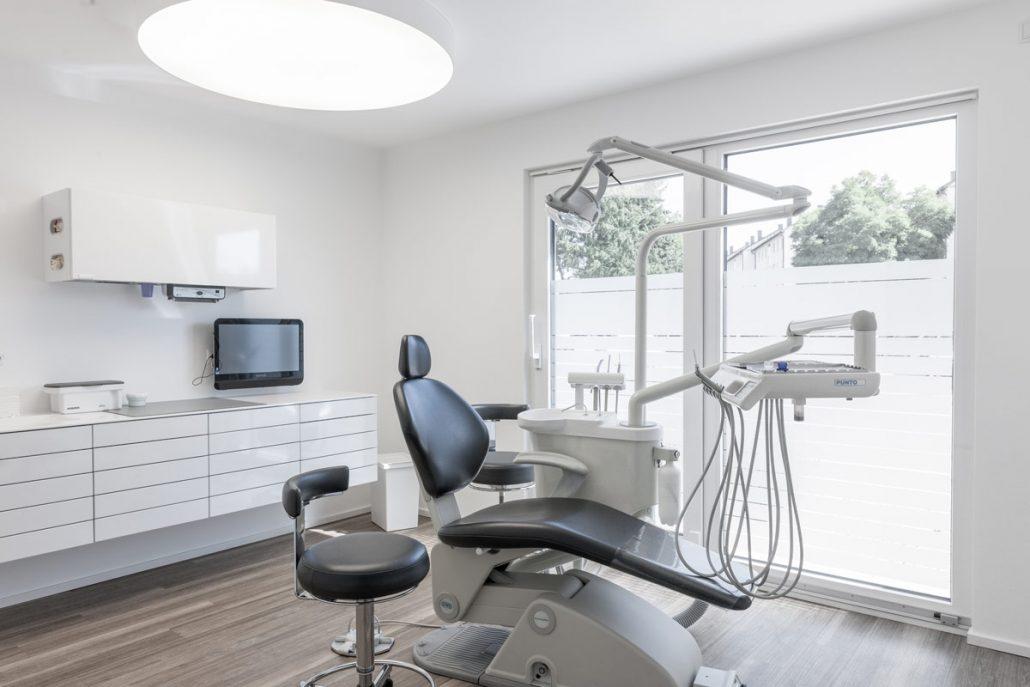 Zahnbehandlung Neustadt